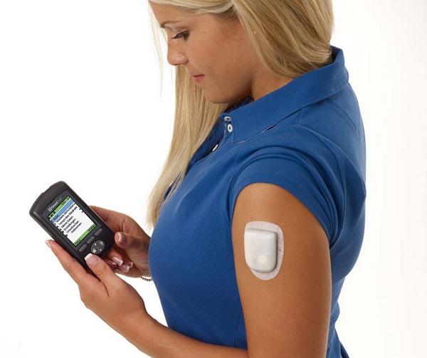 la pompe a insuline sans tubulure plus simple plus discrette. Black Bedroom Furniture Sets. Home Design Ideas